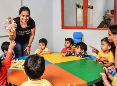 Story-telling-sessions-children-West-Delhi-Eden-castle-preschool