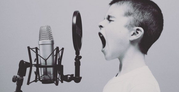 The-Benefits-of-singing-for-kids