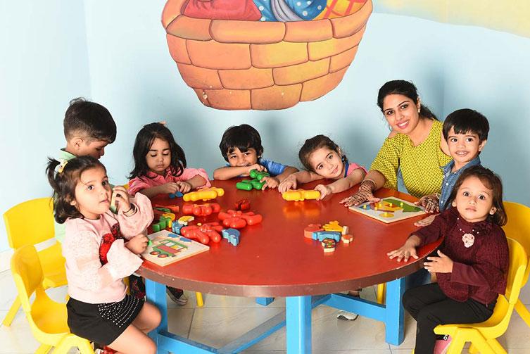 pre-nursery-class-best-preschool-in-west-delhi-Eden-Castle-preschool